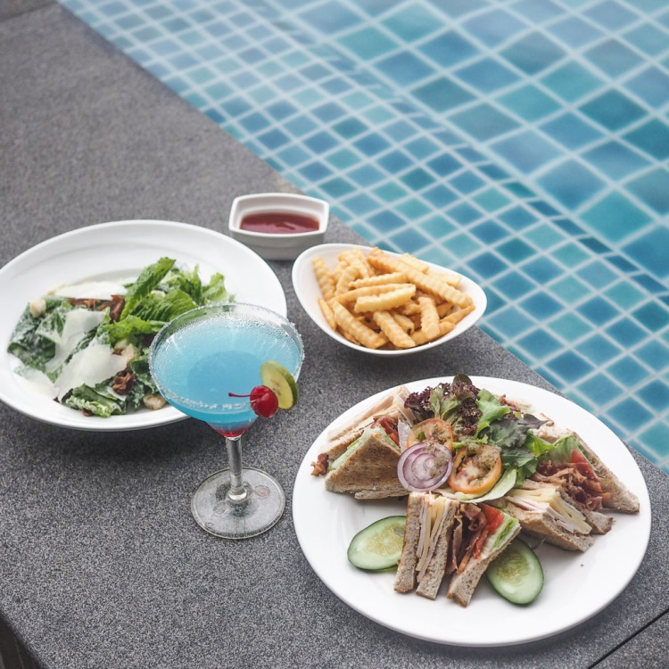 Avista Hideaway Resort and Spa Phuket Fluids Bar Food