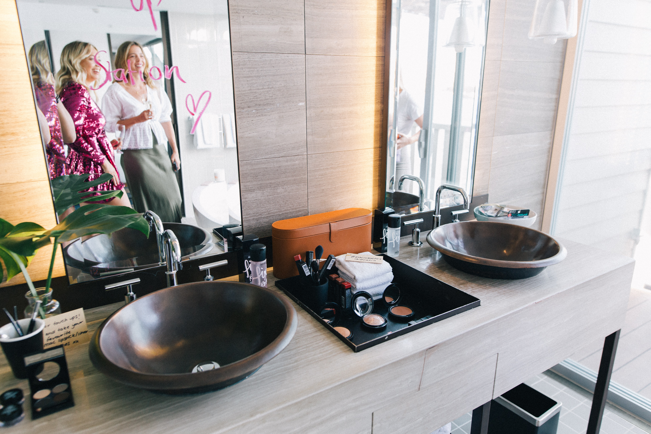 Pier One Hotel Admiral Suite Sydney Harbour Bridge Mac Cosmetics